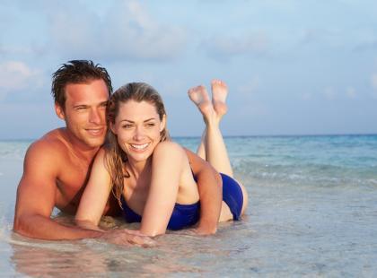 Antykoncepcja na wakacje – jak się zabezpieczać?