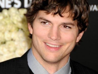 Ashton Kutcher vs Bradley Cooper