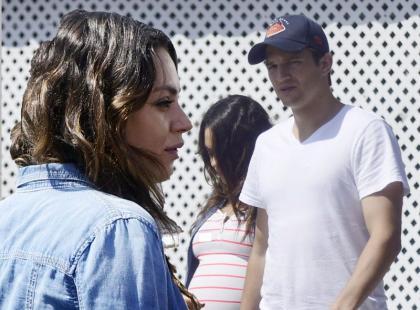Ashton Kutcher ze swoją dziewczyną na romantycznym spacerze