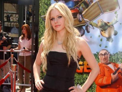 Avril Lavigne na czerwonym dywanie