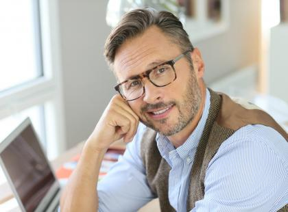 Badania dla mężczyzny po 50. roku życia – poradnik