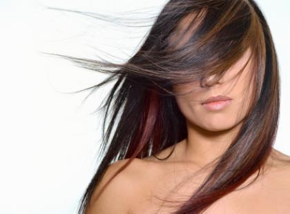 Bądź poważna - prostuj włosy
