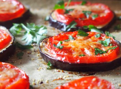 Bakłażan pieczony z pomidorami - Kasia gotuje z Polki.pl