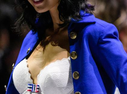 Bardotka to wygodna i seksowna bielizna na wiele okazji. Podpowiadamy, jak wybrać idealny biustonosz