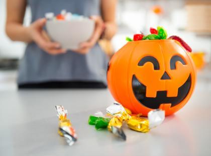 Batony, cukiereczki, ciasteczka… Gubią także ciebie? Poznaj 5 strategii, dzięki którym ograniczysz zjadane słodycze