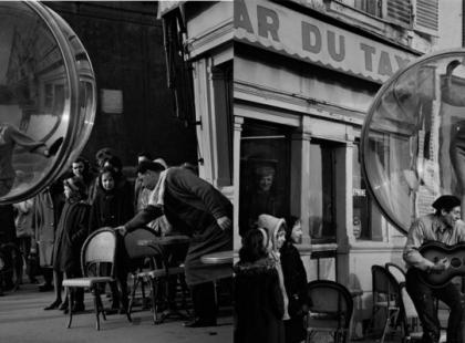 Bazaar zamknięty w bańce mydlanej