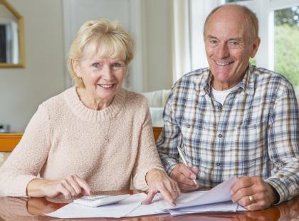 """Będą """"trzynastki"""" dla emerytów? Rząd zapowiada spore dodatki dla seniorów"""