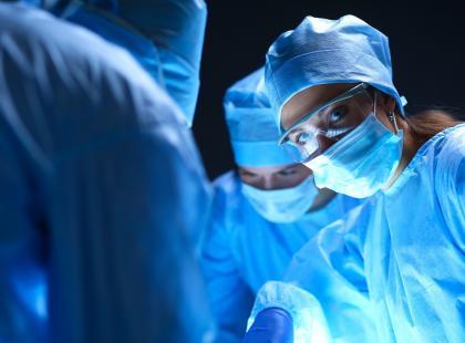 Będziesz miała operację tarczycy? Te informacje pomogą ci dobrze się przygotować!