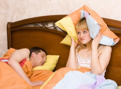 Bezdech senny – co sygnalizuje chrapanie?