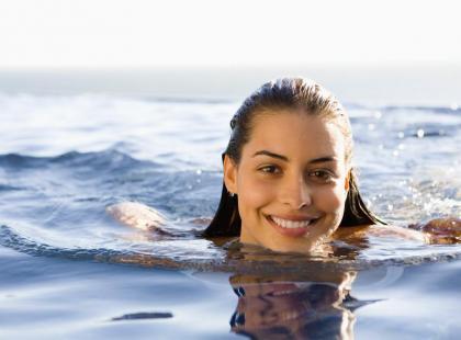 Bezpieczne lato - Kąpiel w morzu