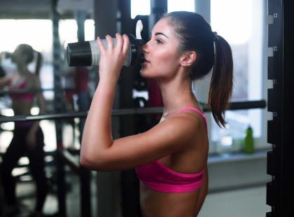 Białko serwatkowe wspomaga odchudzanie. Jakich efektów możesz się spodziewać?
