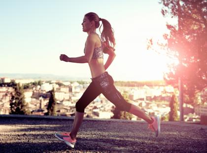 Bieganie to jedna z najpopularniejszych dyscyplin sportowych. Co powinnaś wedzieć, zanim zaczniesz biegać?