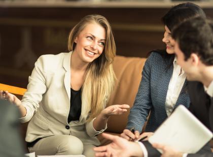 Bierzesz udział w poważnych negocjacjach? Poznaj 6 sposobów na wygranie każdej dyskusji!