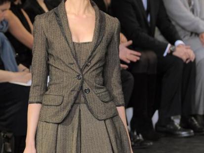 Biurowa elegancja zgodna z trendami