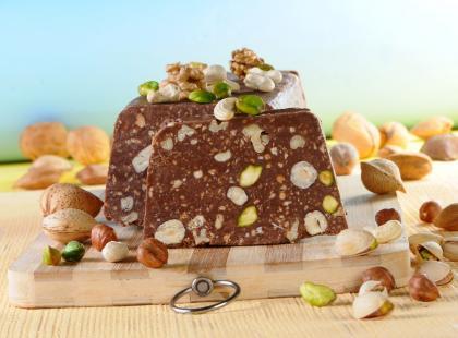 Blok czekoladowy z biszkoptami i orzechami - przepis
