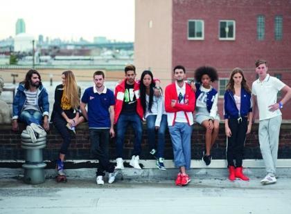 Bluzy Adidas Originals - look-book na wiosnę i lato 2012