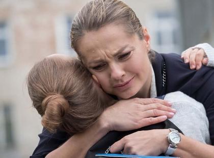 """Bolesny, trzymający w napięciu i pełen łez finał """"Przyjaciółek"""". Przykro nam z powodu Anki..."""