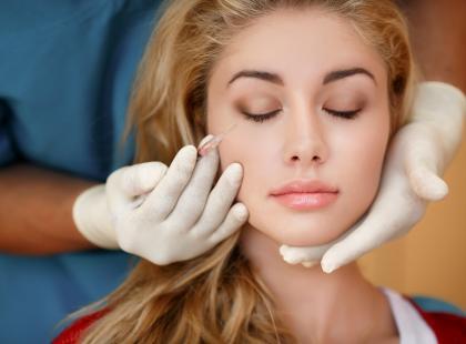 Botoks – jak uniknąć niepożądanych efektów zabiegu?