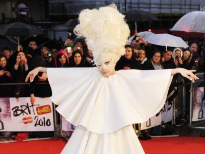 BRIT Awards 2010: Gwiazdy na czerwonym dywanie