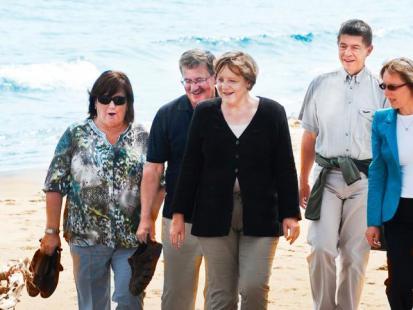 Bronisław Komorowski i Angela Merkel - Spotkanie nad morzem