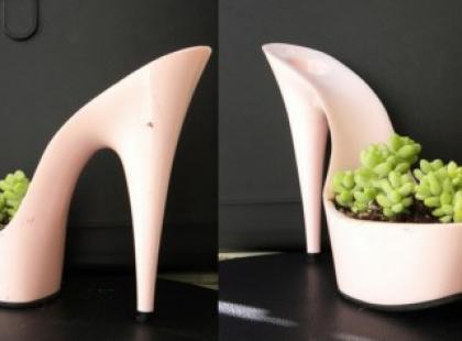 Buty na platformie w wersji ogrodniczej