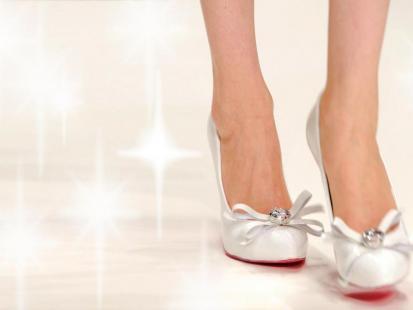 Buty ślubne 2011 - aż 50 najmodniejszych par