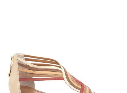 Buty w etniczne wzory na lato 2012