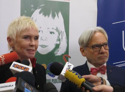 Byliśmy na otwarciu pierwszego Budzika dla dorosłych w Olsztynie. Ewa Błaszczyk zapowiada dalszą walkę o córkę i... kolejne Budziki!