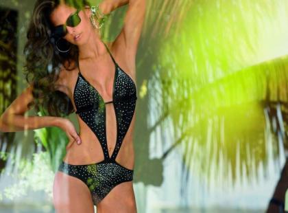 Calzedonia: najnowsze kostiumy i sukienki plażowe