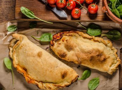 Calzone z grzybami - pyszny pomysł na danie o każdej porze!