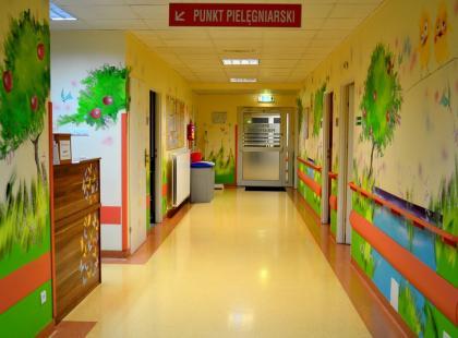 Centrum Zdrowia Dziecka w Katowicach odwołało zabiegi i wstrzymało przyjęcia pacjentów z powodu skażonej wody