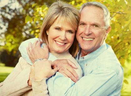 Chcesz dożyć późnej starości w dobrym zdrowiu? Stań przed ołtarzem!
