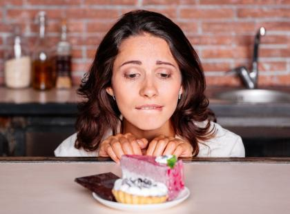 Cheat meal – niewinna przyjemność na diecie, czy jej rujnowanie?