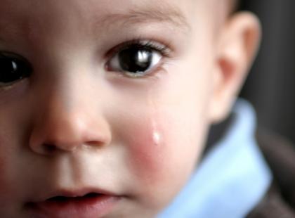 Chłopaki nie płaczą? Brednie! Łzy są oznaką siły i pasują do prawdziwych mężczyzn