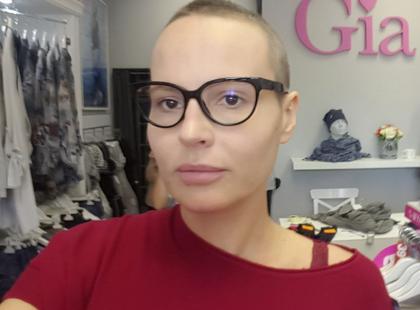 """Chora na nowotwór Joanna ponownie prosi kobiety o uwagę i apeluje: """"Co 14. z was zachoruje na raka piersi!"""""""