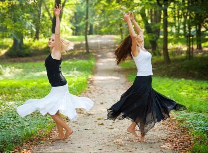 Choreoterapia – na czym polega i jak pomaga chorym?