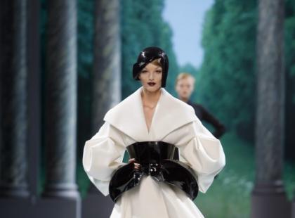 Christian Dior - pokaz Haute Couture - jesień-zima 09/10