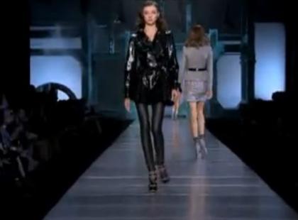 Christian Dior - pokaz kolekcji wiosna/lato 2011