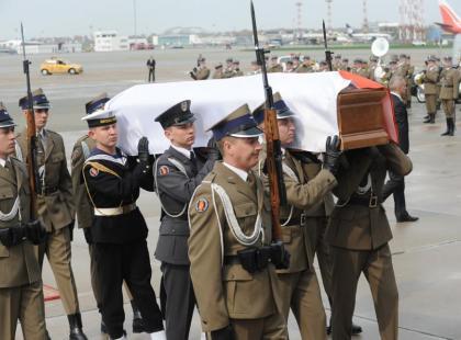 Ciało Marii Kaczyńskiej wróciło do kraju