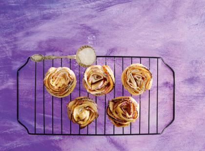 Ciastka-róże z jabłkami
