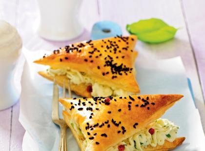 Ciasto francuskie z farszem grzybowo-serowym