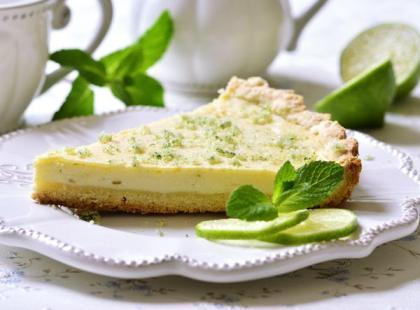 Ciasto limonkowe z melisą