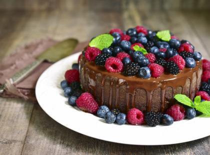 Ciasto na każdą okazję: sprawdź 10 przepisów na tort czekoladowy