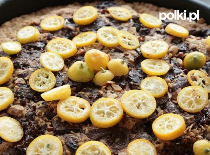 Ciasto z patelni z toffi i orzechami