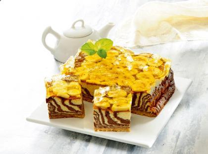 Ciasto zebra z owocami