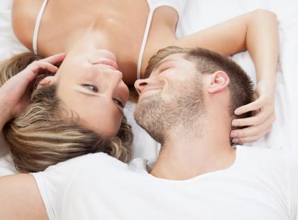 Ciesz się seksem w każdym wieku - wybierz antykoncepcję dopasowaną do siebie!