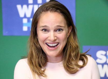 Ciężarna Natalie Portman bez makijażu dumnie pozowała fotoreporterom. Wyglądała bardzo dziewczęco