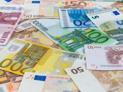 Co ci grozi, jeśli masz kredyt w obcej walucie?