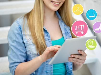 Co kobiety najczęściej kupują w sieci?