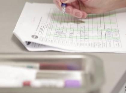 Co oznacza zbyt niski i zbyt wysoki poziom płytek krwi?